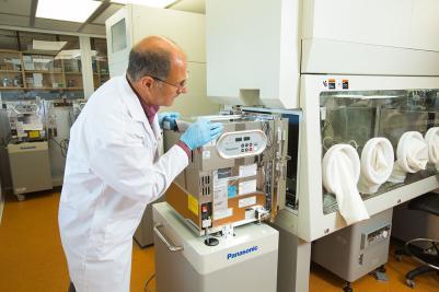 Immunotherapy laboratory